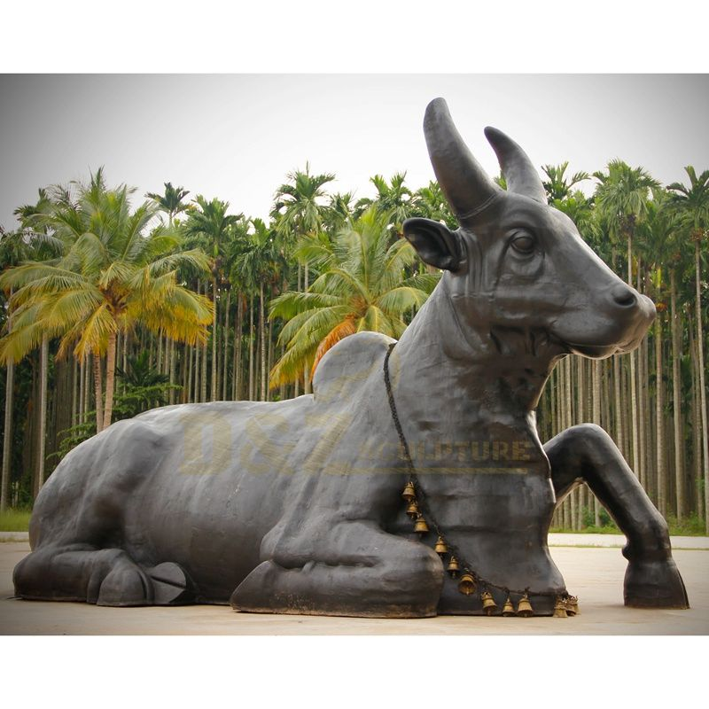 Custom Modern Bronze Sculpture Cast Bronze Bull Statue