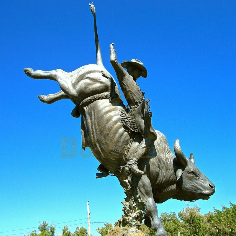 Bullfighting Character Bronze Bull Sculpture Animal Statue