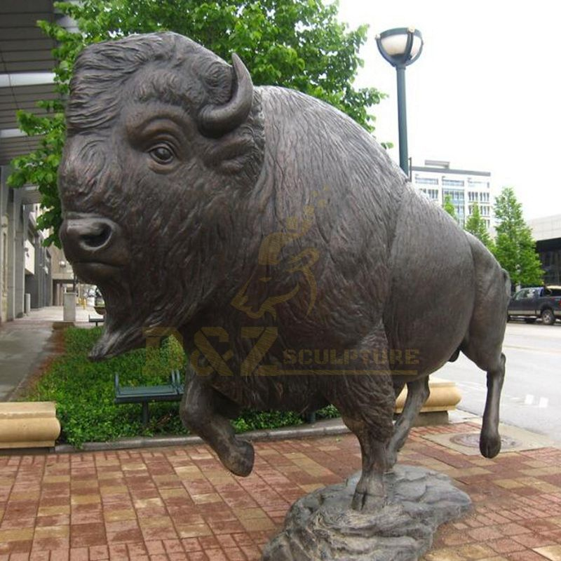 China Factory Promotion metal Giant Bull Bronze Sculpture