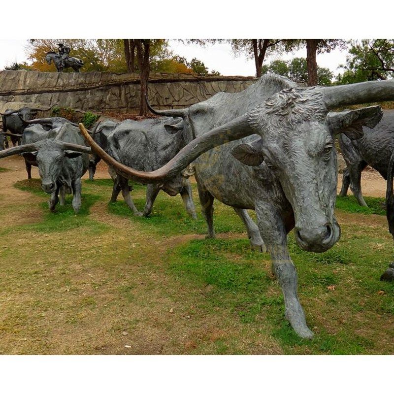 Outdoor Animal Sculpture Bronze Wall Street Bull Statue
