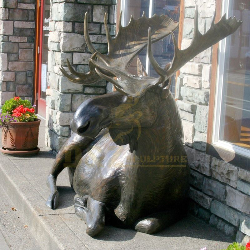 Outdoor Garden Vivid Bronze Deer Sculpture