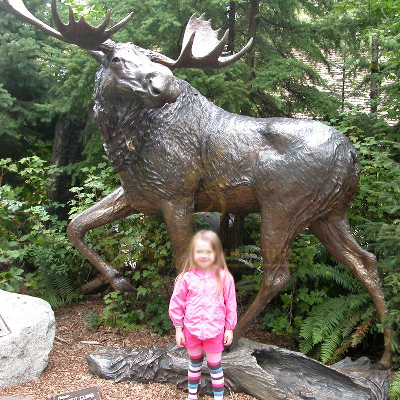 Large Size Public Art Cast Deer Bronze Sculpture For Park Decor