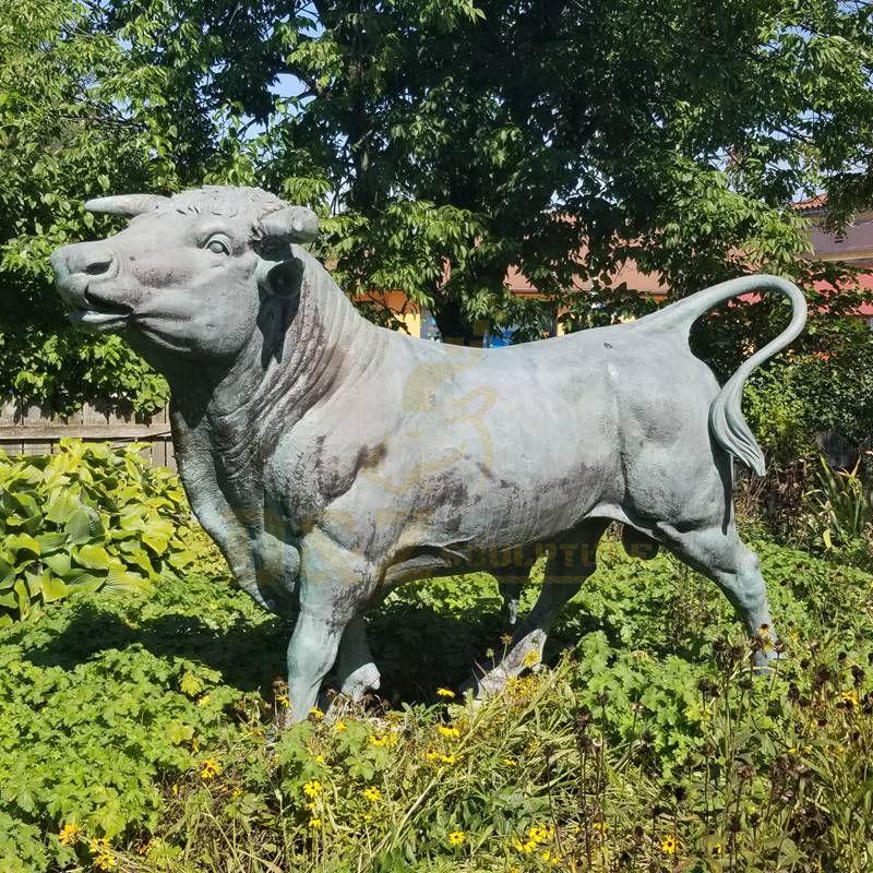 Modern Decor Abstract Animal Bronze Bull Sculpture