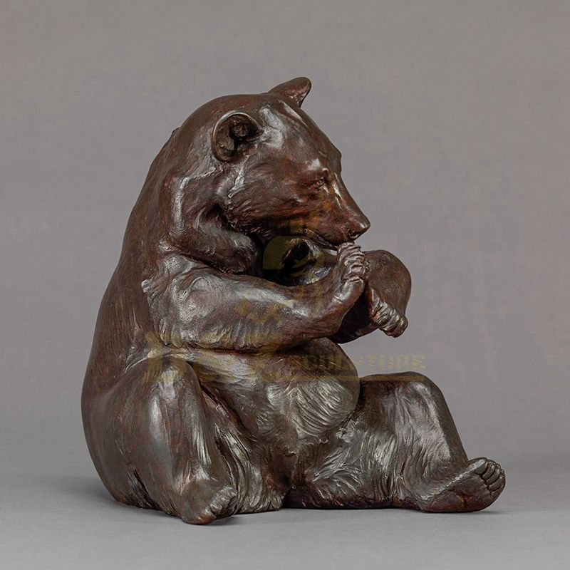 Customized Size Abstract Bronze Bear Sculpture