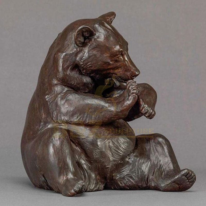 Outdoor Lifelike Garden Cast Animal Bronze Bear Sculpture