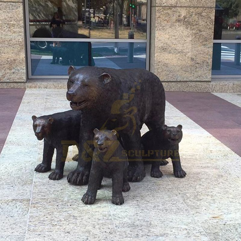 Customized Design Decorative Bronze Animal Statues Brass Bear Sculpture