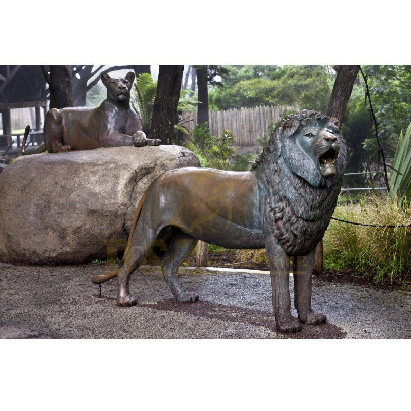 Antique Outdoor Garden Bronze Metal Lion Sculpture Statues