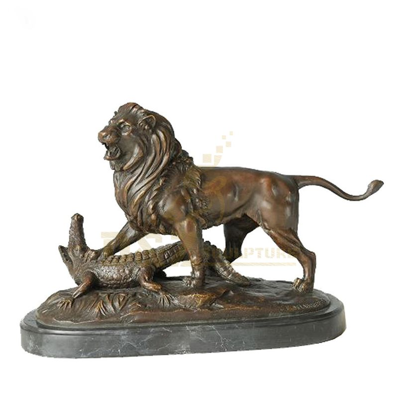 Bronze Statues Animal Sculptures Lion Fight Crocodile Home Decor Figurines lion statue