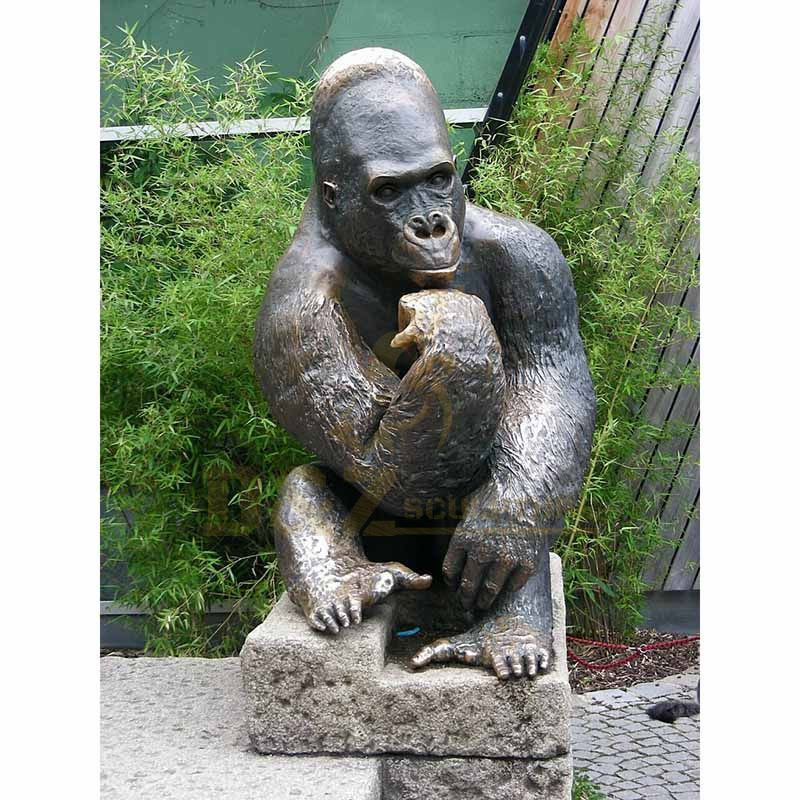 High Quality Large Bronze Monkey Gorilla Sculpture