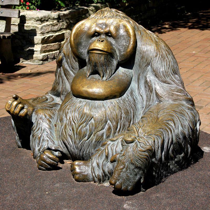 Outdoor Decoration Customized Bronze Gorilla Statue