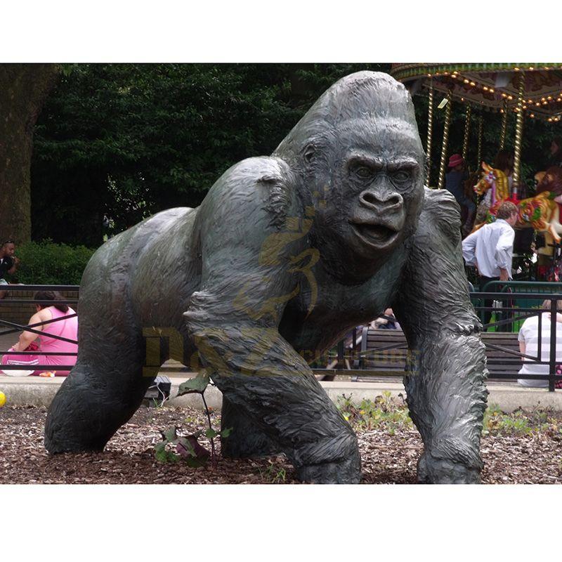 Life Size Garden Bronze Gorilla Statues Copper Sculpture