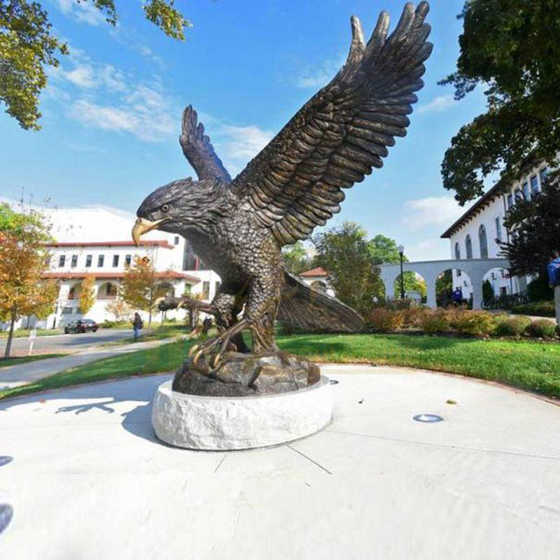 Cast Metal Bird Bronze Eagle Sculpture Garden Decoration