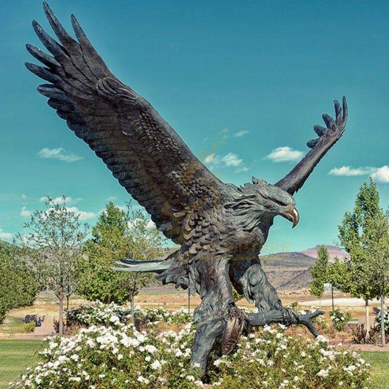 Outdoor Decoration Garden Bronze Eagle Statue for sale