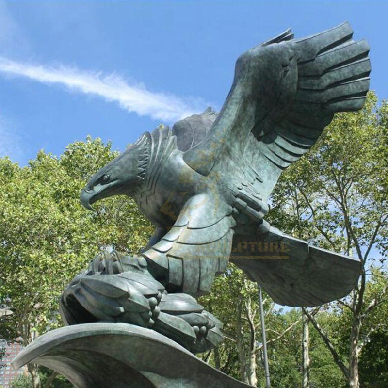 Metal Art Home Decoration Animal Bronze Eagle Sculpture