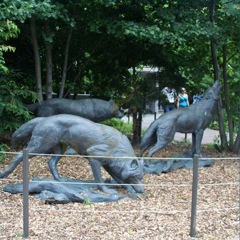 Bronze Lifesize Wolf Statue Brass Animal Statue