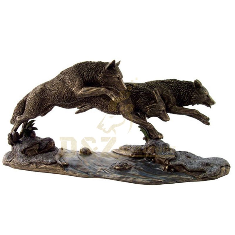 New Design Popular Outdoor Running Bronze Wolf Statue