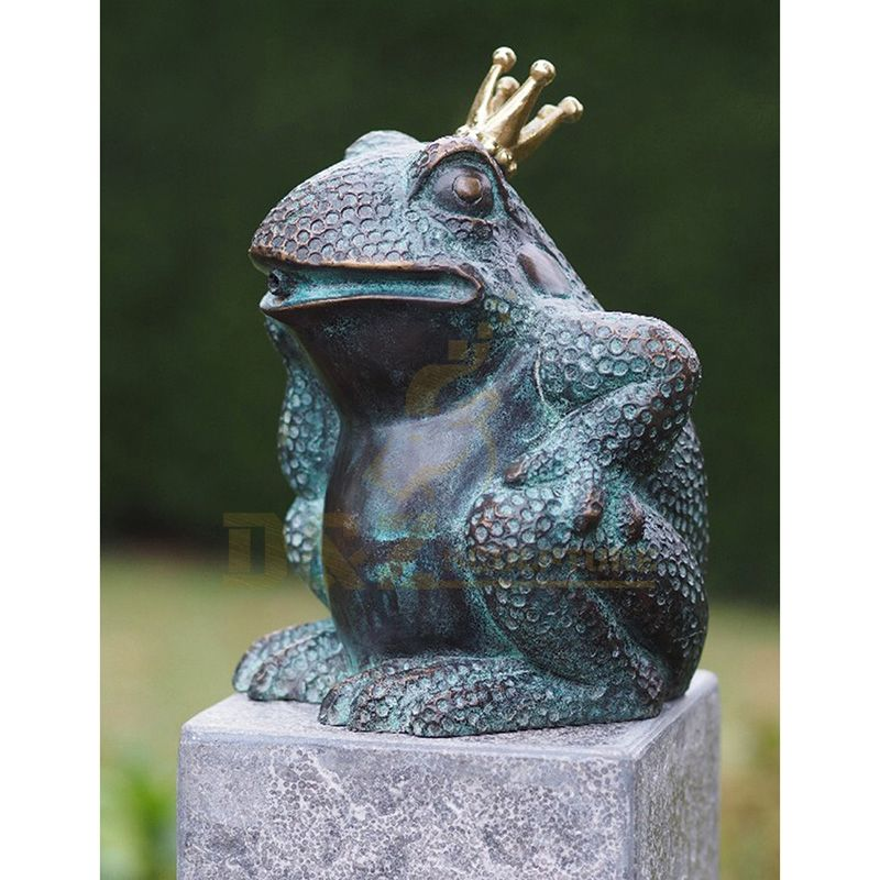 Outdoor Decoration Bronze Frog King Sculpture