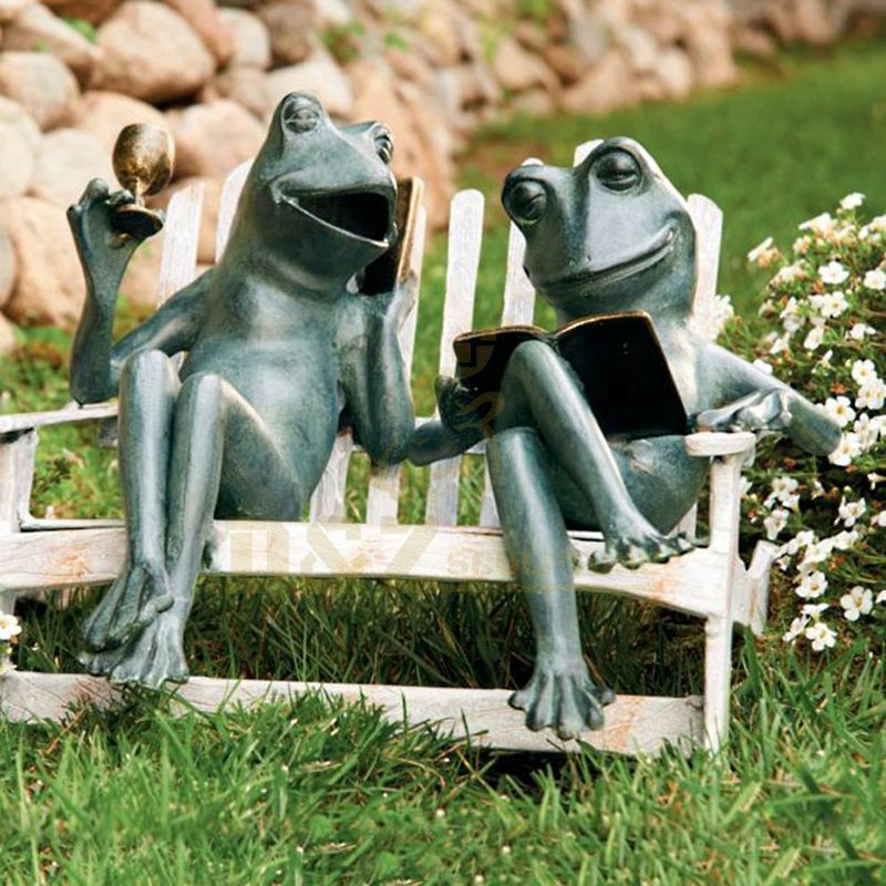 Modern Animals Outdoor Decorative Metal Art Garden Big Bronze Frog Statues