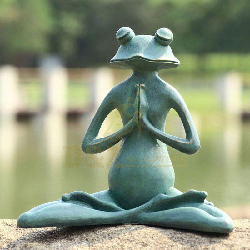High Quality Modern art Metal Crafts Bronze Limber Yoga Frog Gargen sculpture