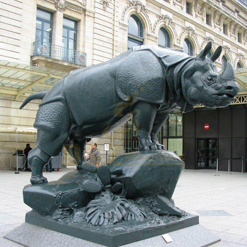 New Product Bronze Rhinoceros Outdoor Garden Decoration