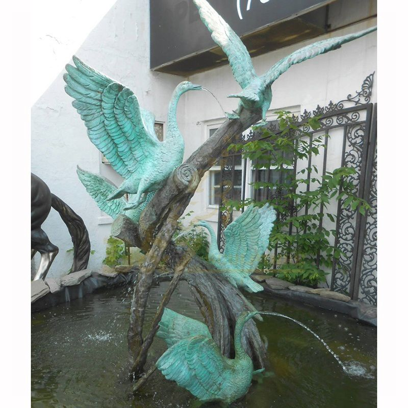 Hot Sale Contemporary Animal Statue Flying Bird Swan Bronze Sculpture