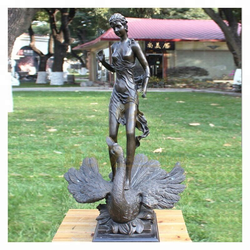 Modern Large Abstract Metal Arts Copper Bronze Women and Bird Sculpture for Outdoor decoration
