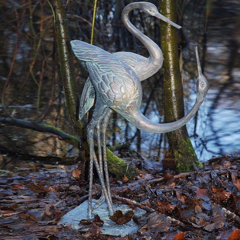 Antique Bronze Crane Sculpture Metal Crane In Garden Sculpture