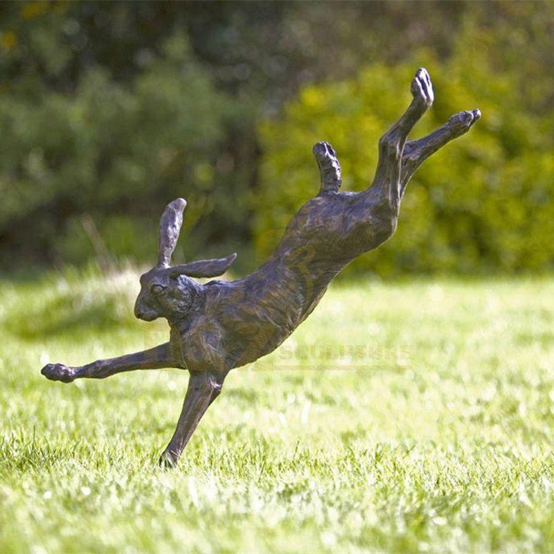 Cute Design Park Decor Life Size Rabbit Bronze Sculpture