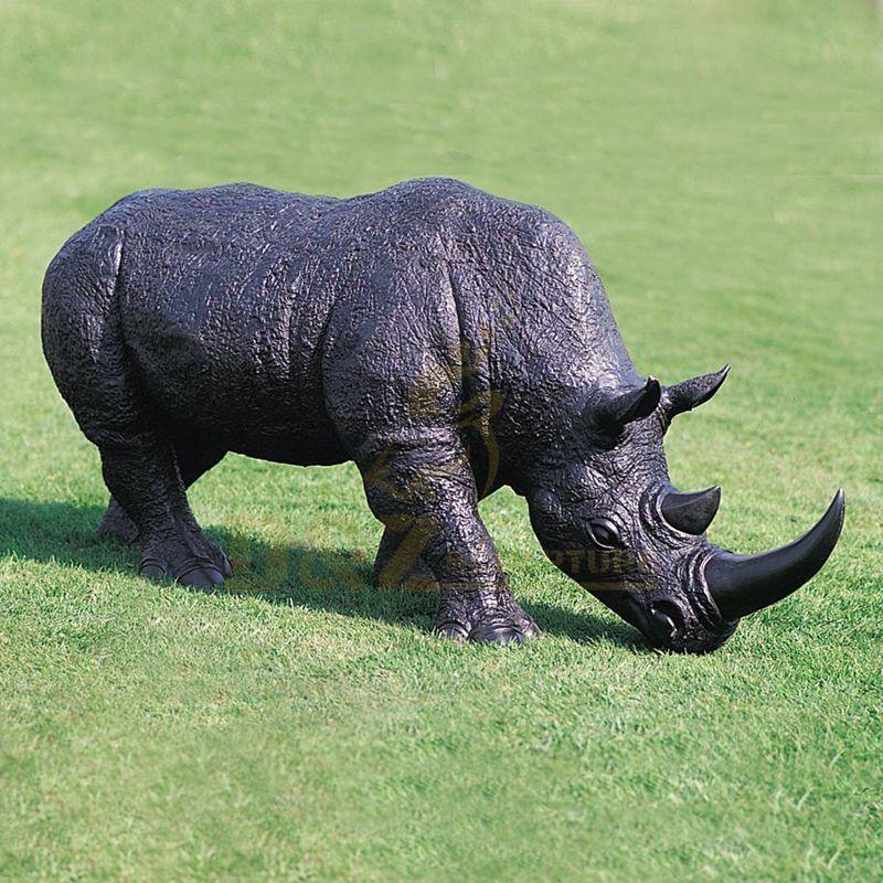 Realistic Life Size Bronze Rhino Statue Large Copper Rhinoceros Garden Sculpture