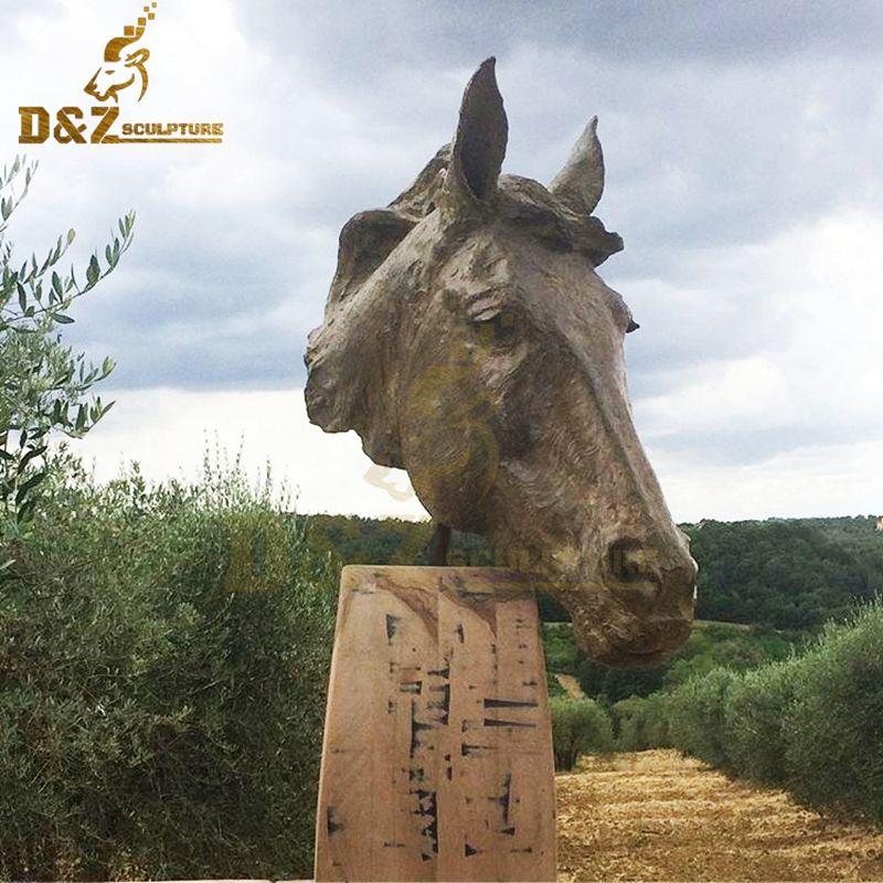 Life-size modern design metal horse head garden sculpture for sale