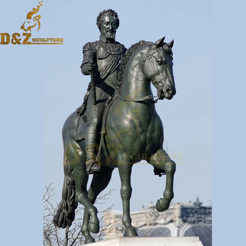 Customize the famous man on the horse statue decorative artwork