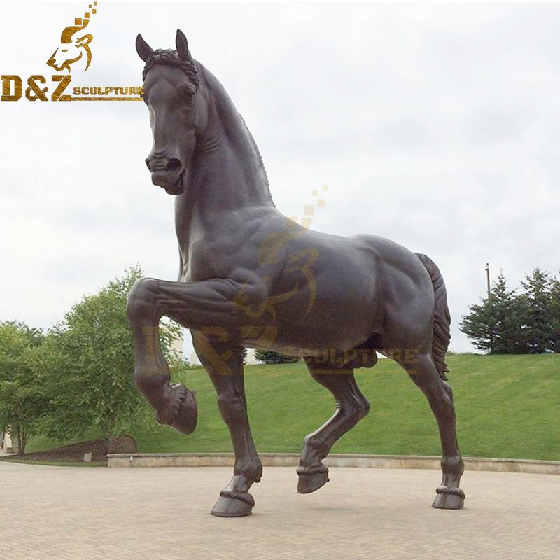 Large metal casting horse sculpture garden decoration for sale