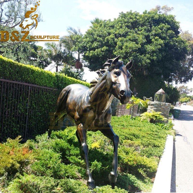 Lovely life-size bronze horse garden sculpture decoration for sale