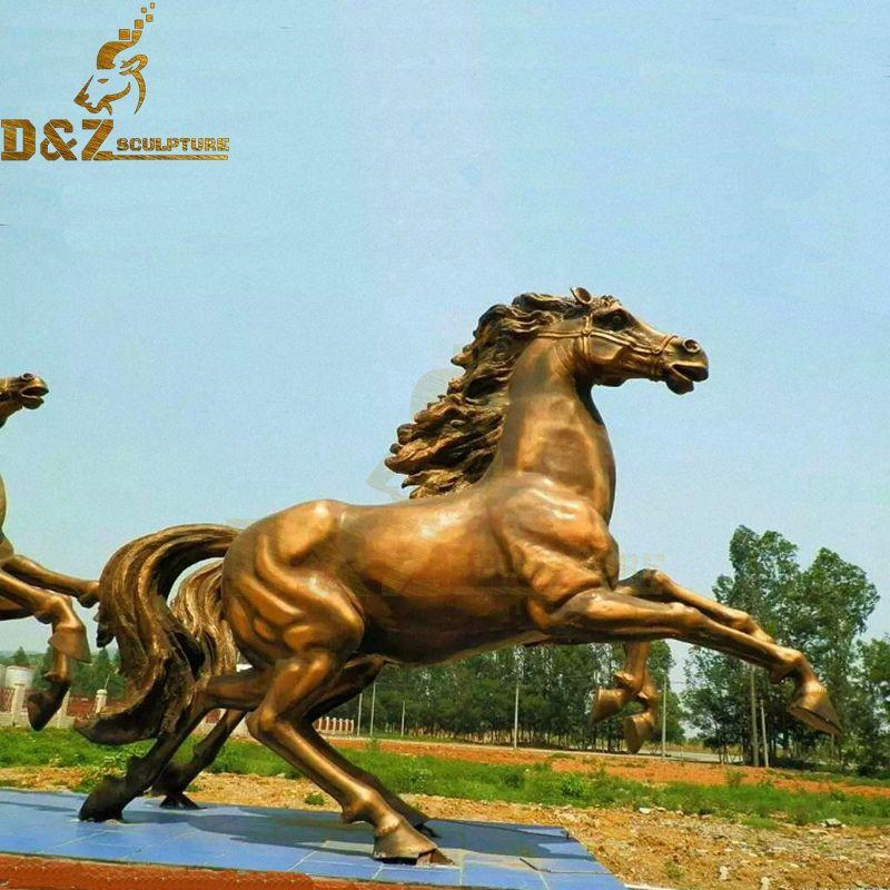Metal cast outdoor golden brass running horse statue for sale