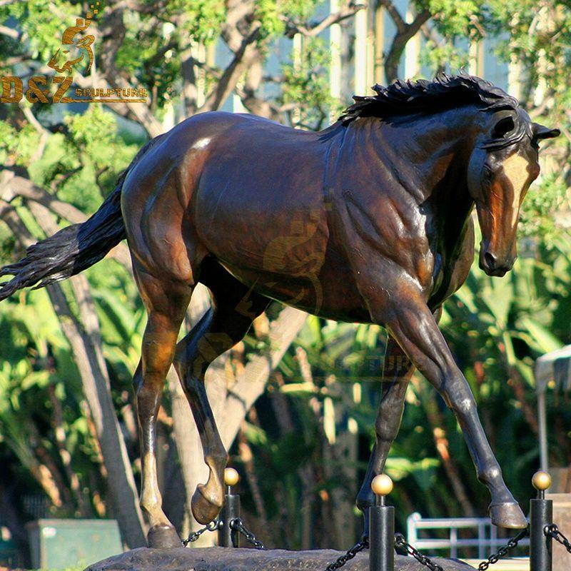 New modern Bronze Metal Horse Sculpture Design for garden