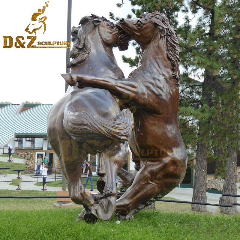 Large outdoor decoration artwork crazy horse statue two horses fighting for sale