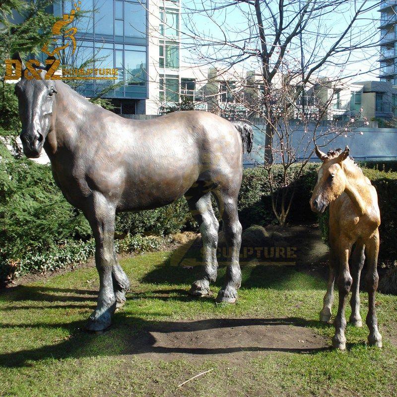 bronze metal horse statues