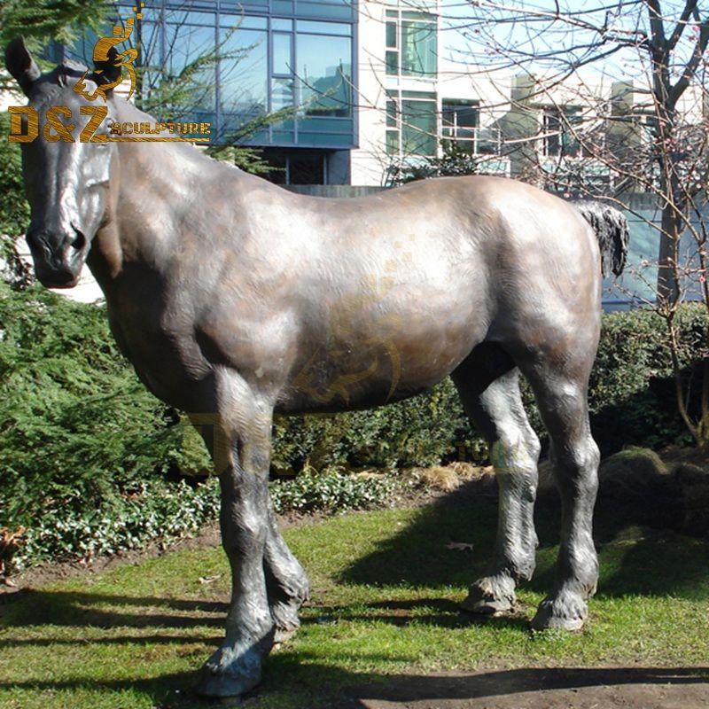 horse sculpture gift