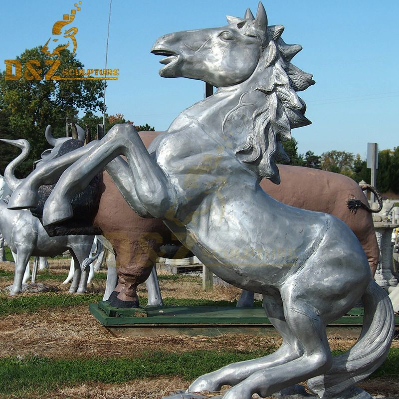Metal casting life-size jumping horse sculpture garden decoration