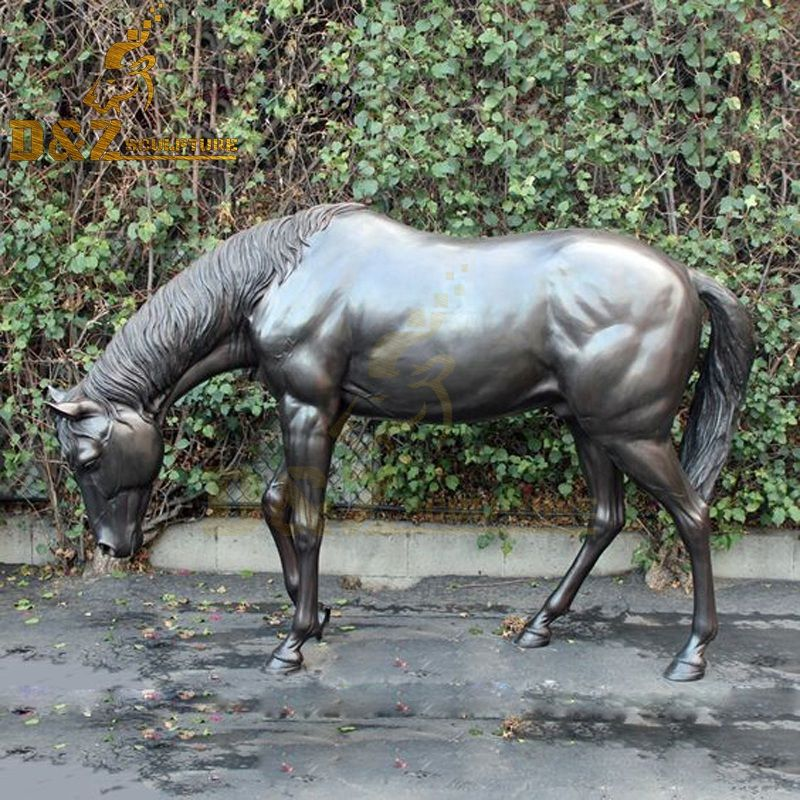 Lawn outdoor decoration metal grazing bronze horse statue for sale