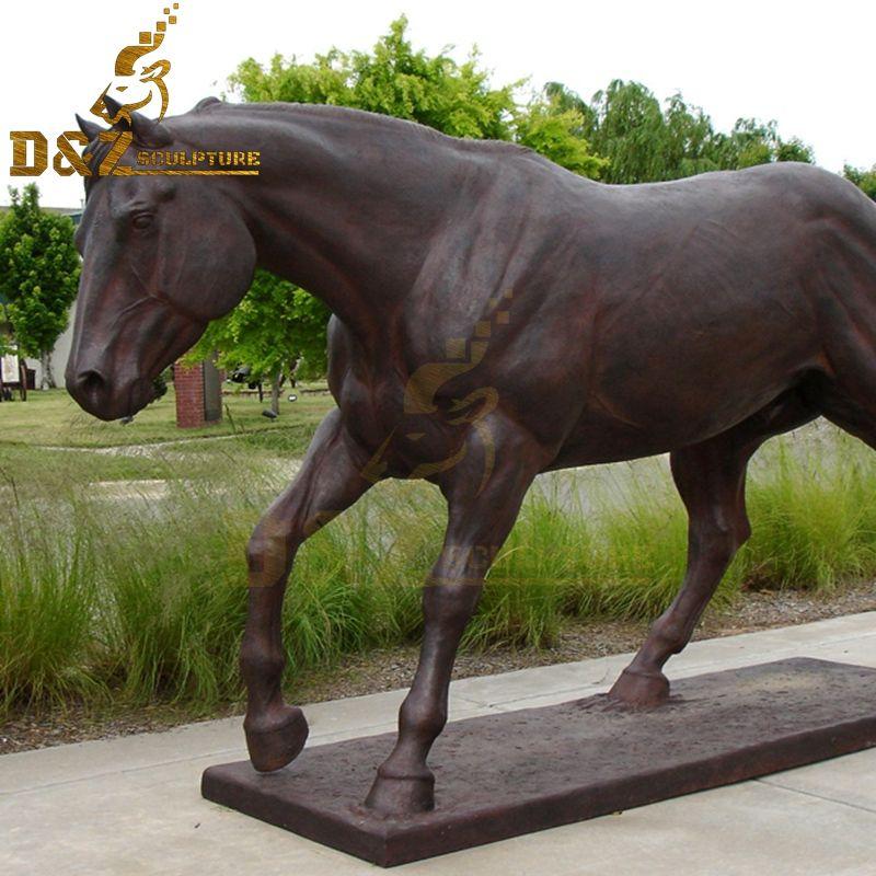 horse sculpture art