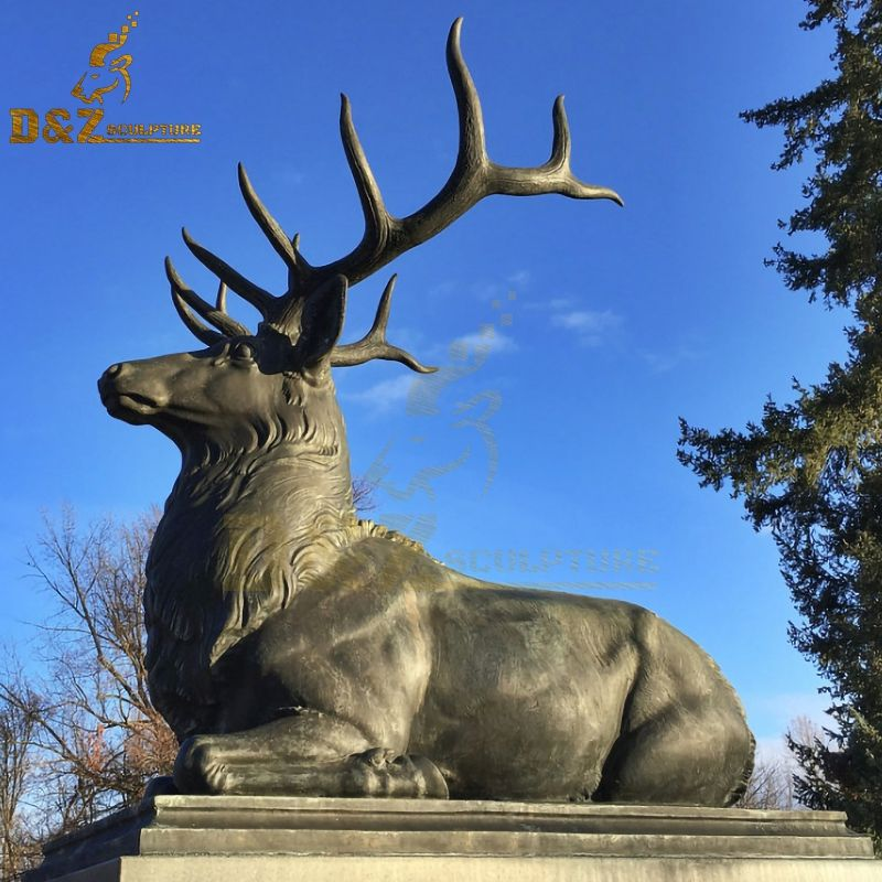 Outdoor park decoration bronze Lying stag statues for sale