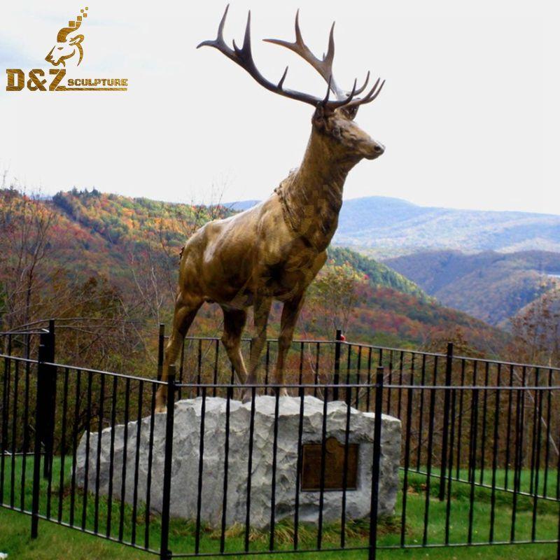 Customized outdoor brass metal reindeer statue garden art for sale