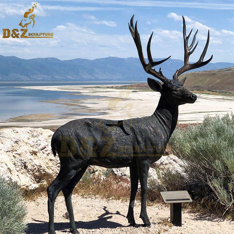 Antique bronze deer statue animal sculpture garden design for sale
