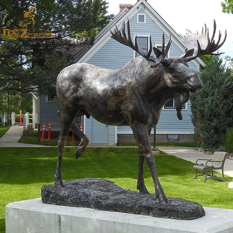 moose statue norway
