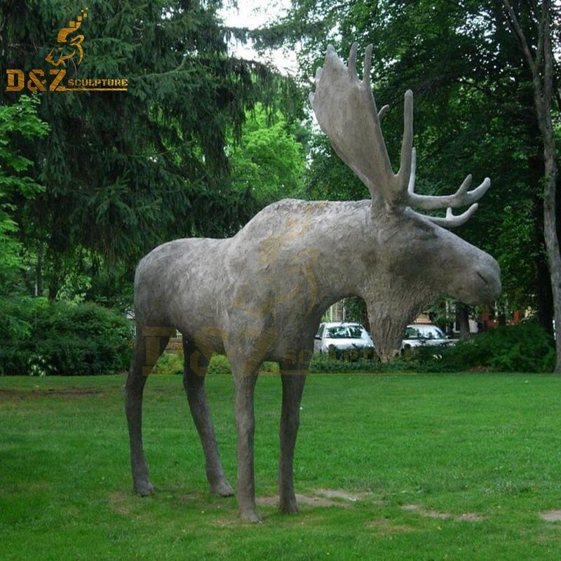 Hot sale customizable size moose statue garden modern design