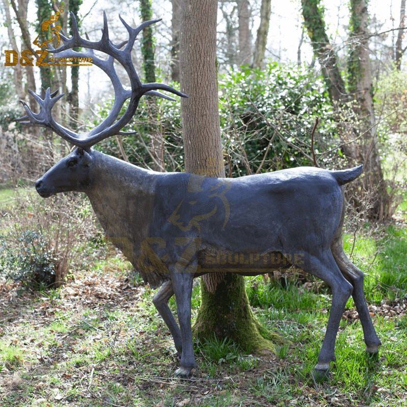 Realistic outdoor high quality bronze reindeer sculpture for sale