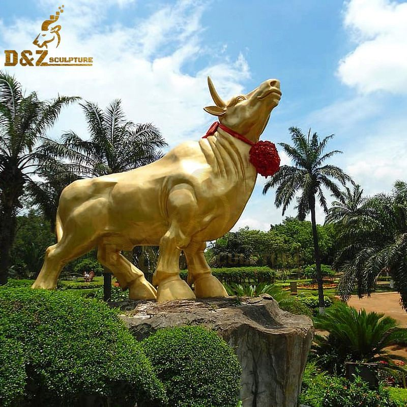 Outdoor metal animal golden bull bronze garden sculpture for sale