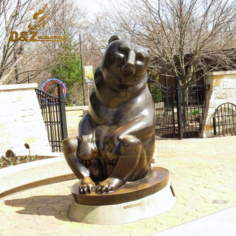 Lovely garden decoration bronze sitting bear sculpture for sale
