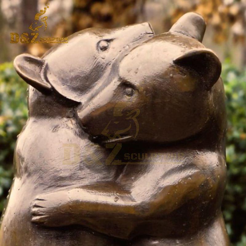 outdoor bronze bear